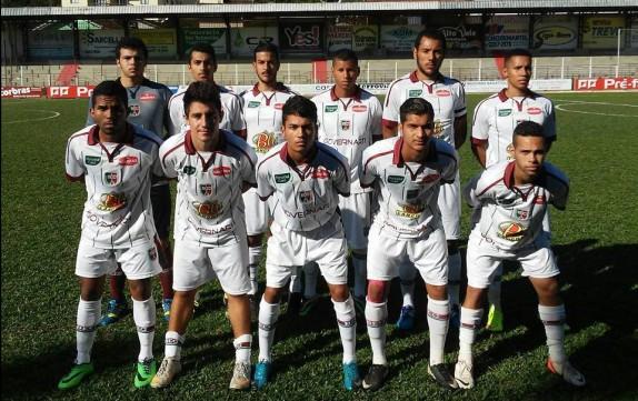 O time do BEC entrou em campo com João; Artur , Lamir, Andrei e Rafa; Bruno, Jefferson Brasília, Peu e Paraíba; Caíque e Dudu Recife
