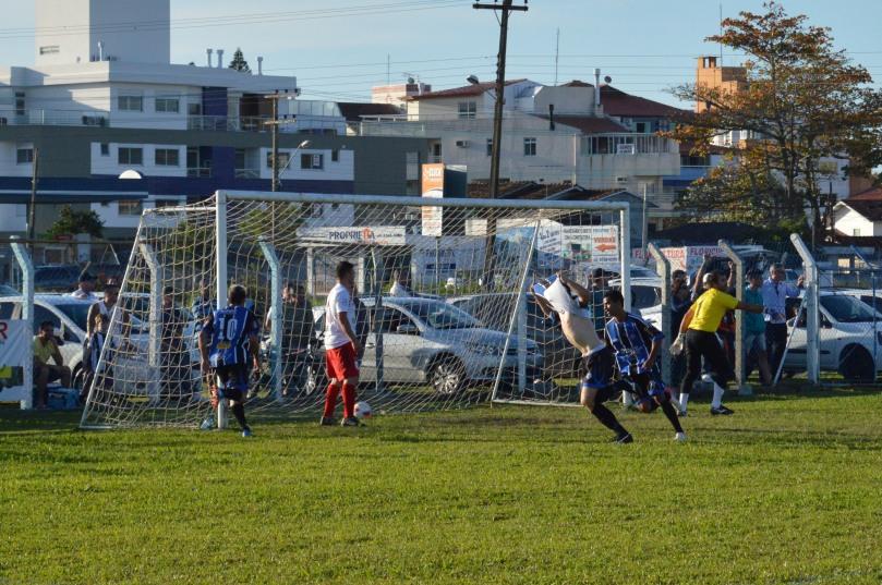David foi a loucura com seu gol, depois de inúmeras tentativas. (Foto: Lucas Gabriel Cardoso)