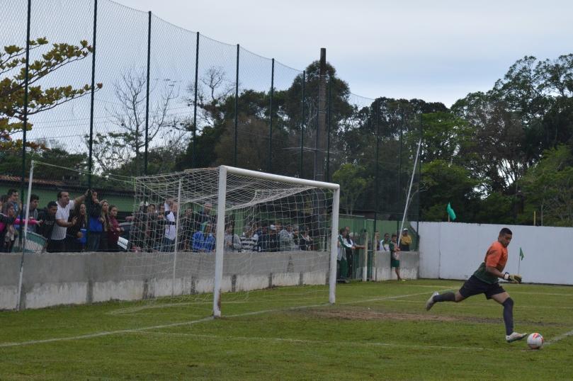 Torcida do Grêmio parecia que estava em casa. Os tradicionais e lamentáveis gritos de