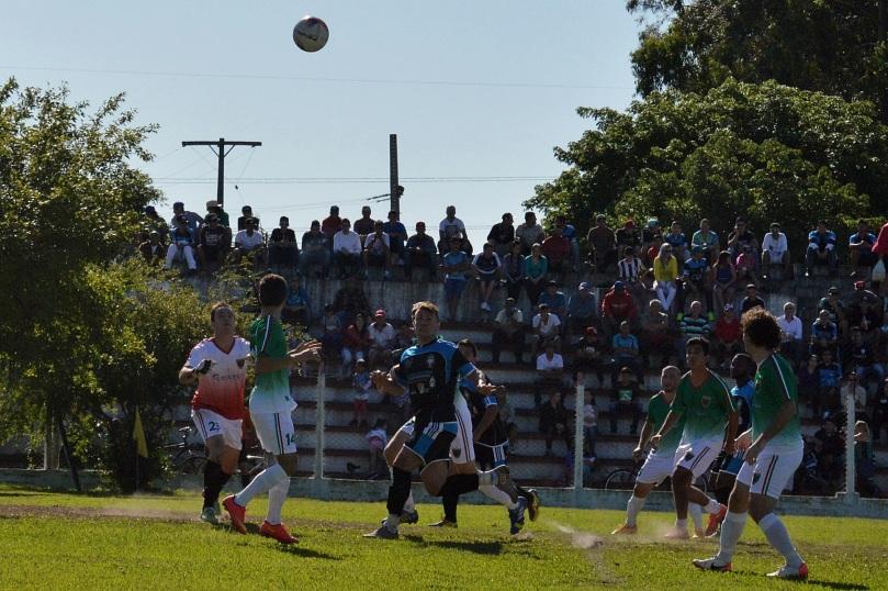 O estádio da Rua Jacy Porto estava cheio de torcedores do time da Baixada. O público foi melhor do que muitas partidas