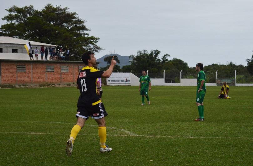 A experiência de Dauri (campeão brasileiro e da Copa do Brasil) pode fazer a diferença para o Real Ferraz se manter no G4. (Foto: Lucas Gabriel Cardoso)