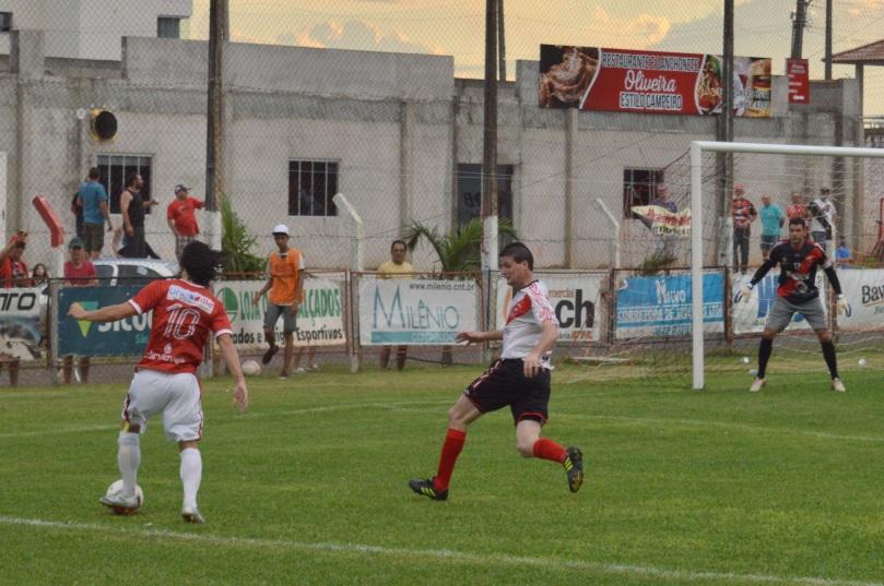 Neto, destaque no futsal da região de Joinville, foi um dos melhores do América. (Foto: Lucas Gabriel Cardoso)