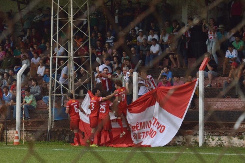 O gol foi tão rápido que nem deu tempo de eu entrar no campo, depois do intervalo. (Foto: Lucas Gabriel Cardoso)