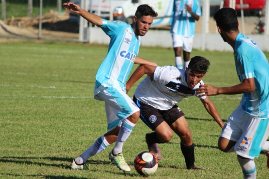 Atlético Tubarão x Avaí11