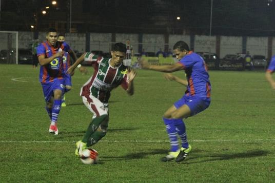 Marcilio Dias x Fluminense38