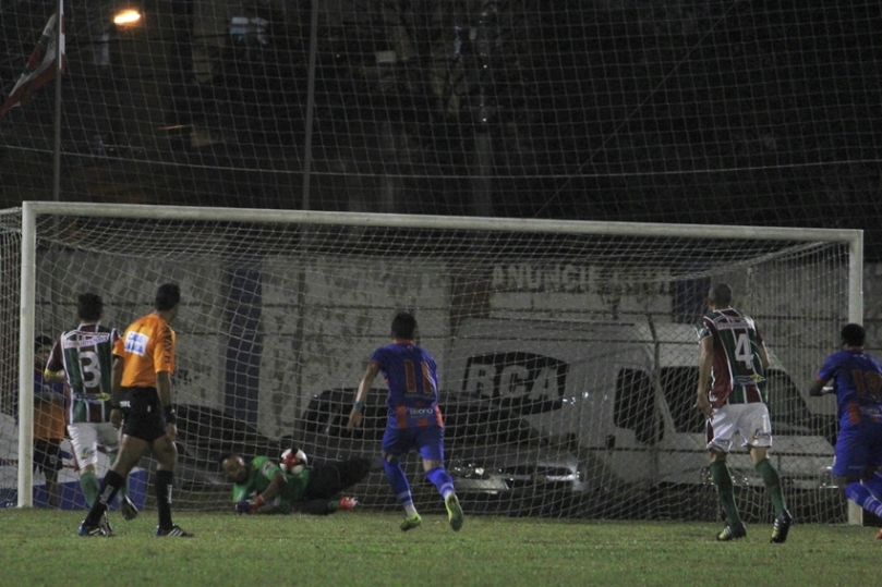 Marcilio Dias x Fluminense50