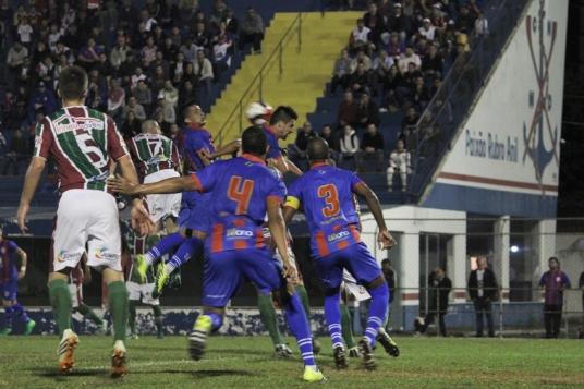 Marcilio Dias x Fluminense56
