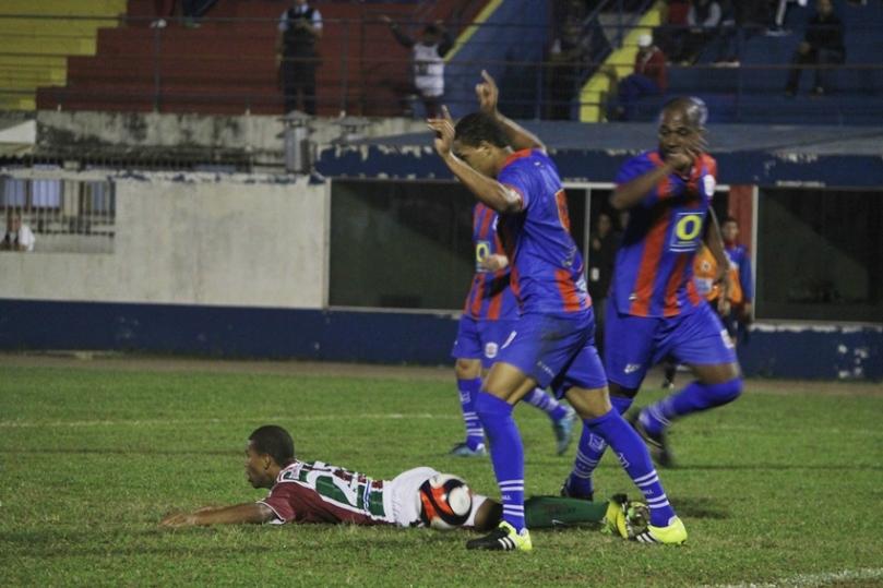Marcilio Dias x Fluminense61