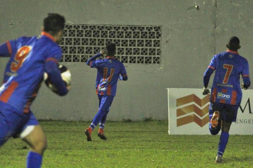 Marcilio Dias x Jaragua10