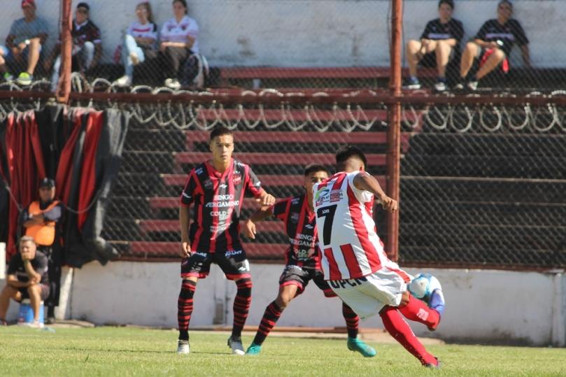 Douglas Haig x Atletico Parana002