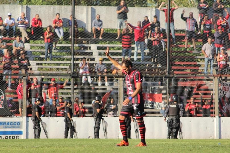 Douglas Haig x Atletico Parana009