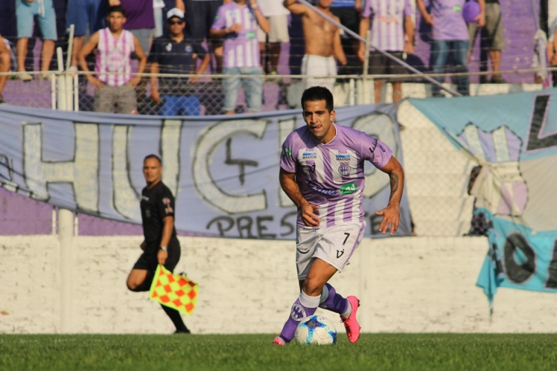 Sacachispas x Tristan Suarez124