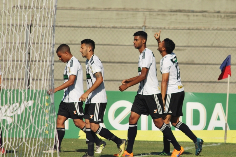 Figueirense_Paraná15