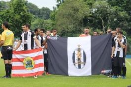 Voltando a figurar no amador blumenauense, o Madureira estrou seu novo escudo. (Foto: Lucas Gabriel Cardoso)